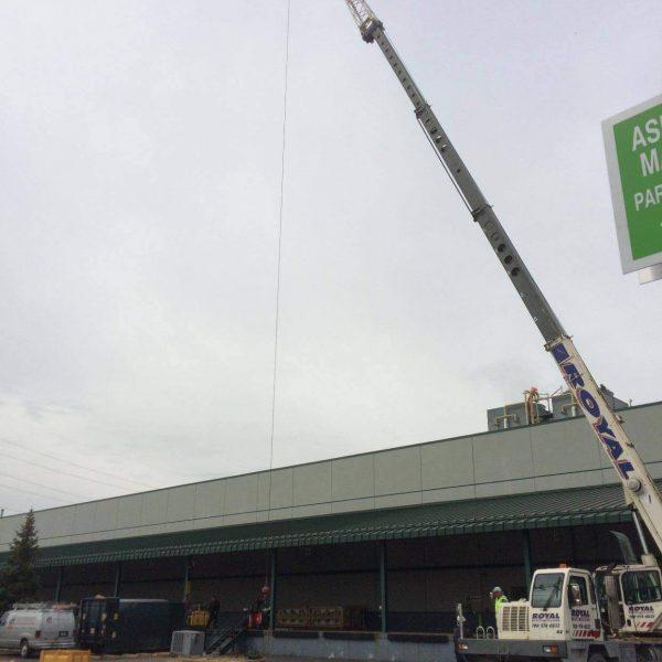 Crane-Lift-D&H-Refrigeration